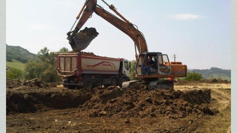 Quanto costa scavare un metro cubo di terra dispositivo for Costruire case online