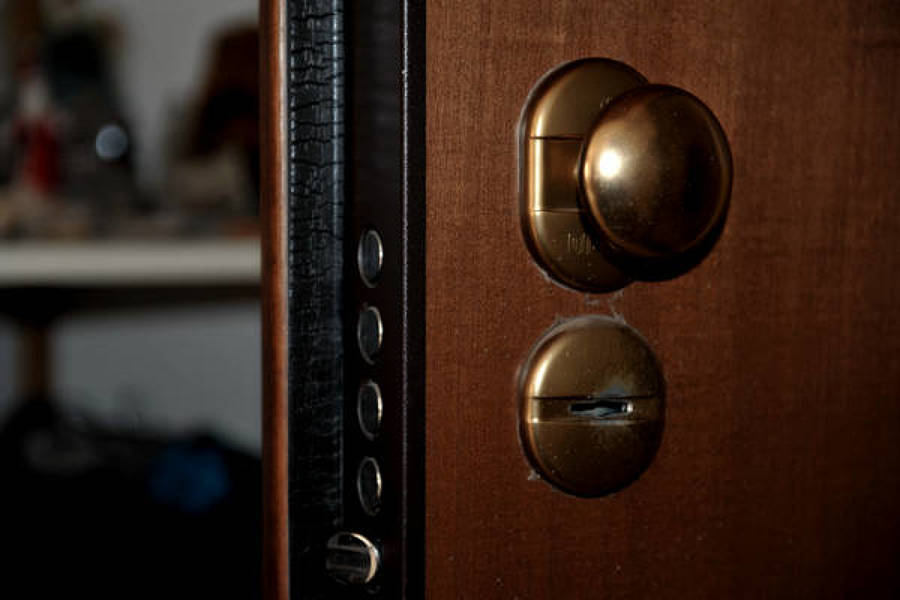 Preventivo cambiare serratura online habitissimo - Cambiare serratura porta ...