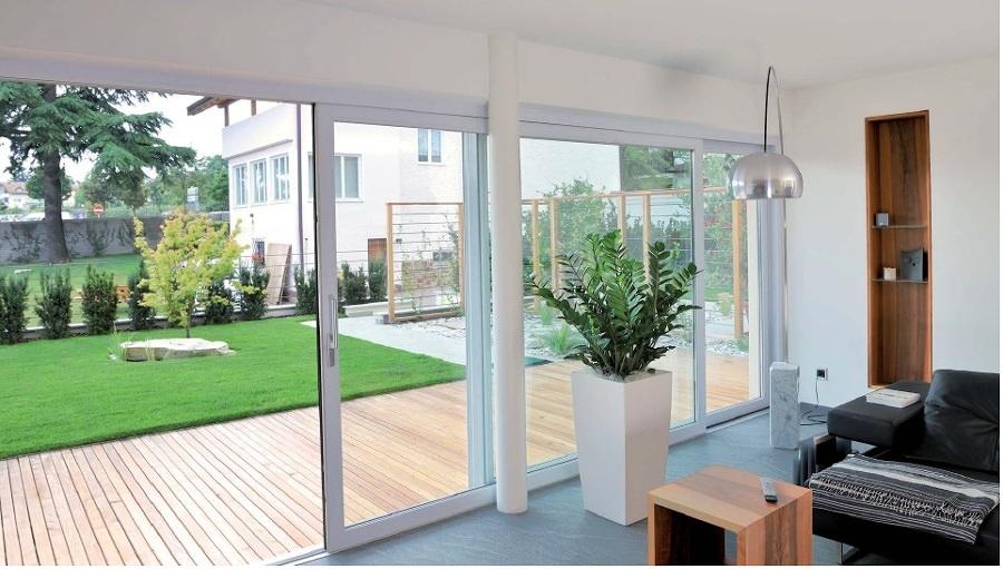 Preventivo ristrutturazione esterno casa online habitissimo for Finestre pvc on line