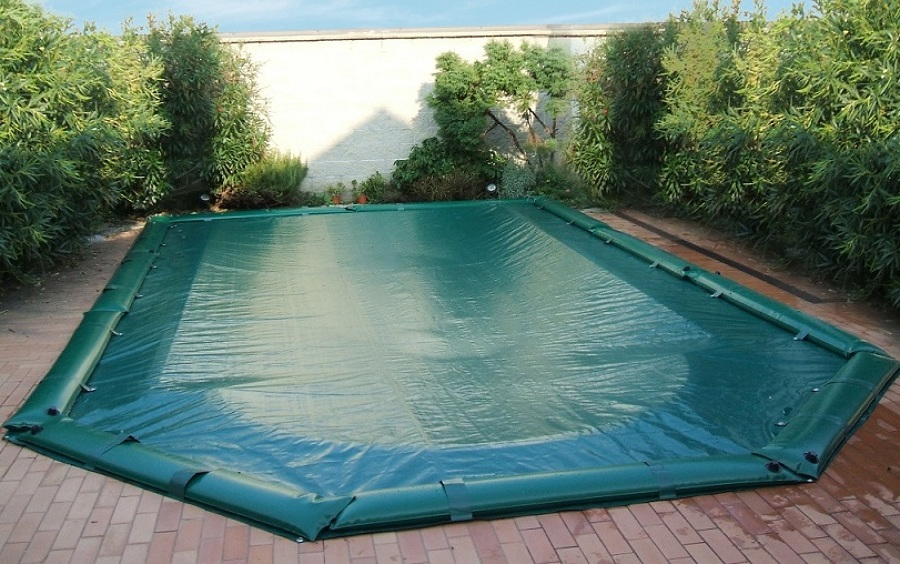 Quale telo per coprire la piscina prezzi e consigli for Teli per piscine interrate