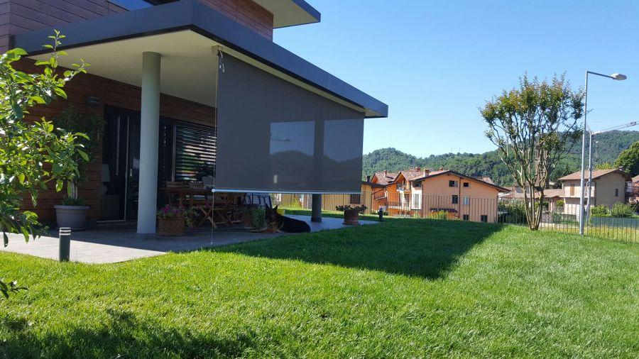 Preventivo tenda da sole giardino online habitissimo for Tende a righe verticali