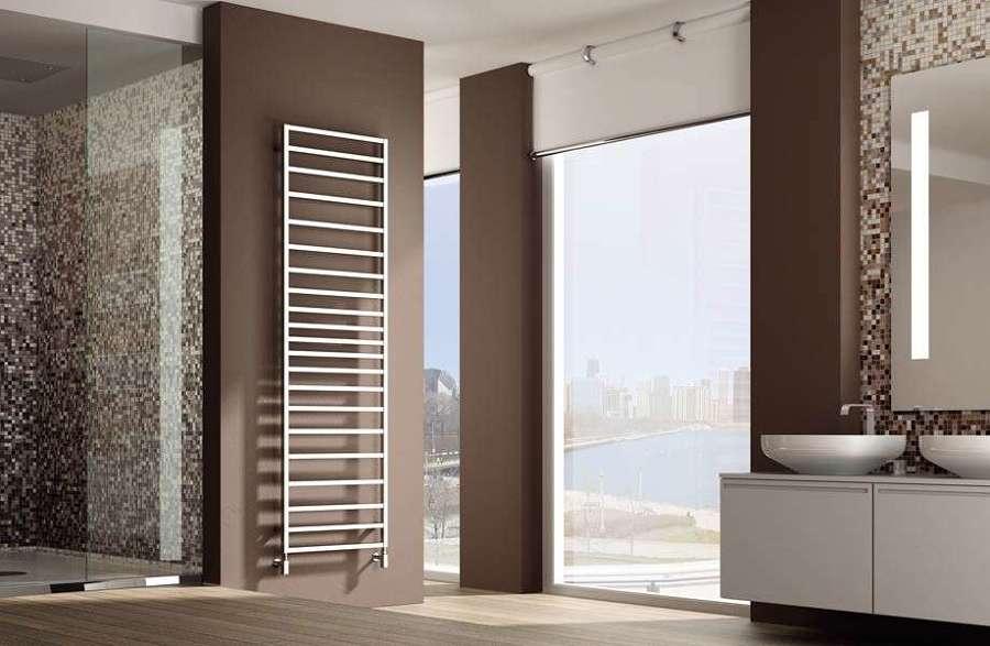 Termosifoni a parete modelli prezzi e materiali habitissimo - Radiatori elettrici per bagno ...