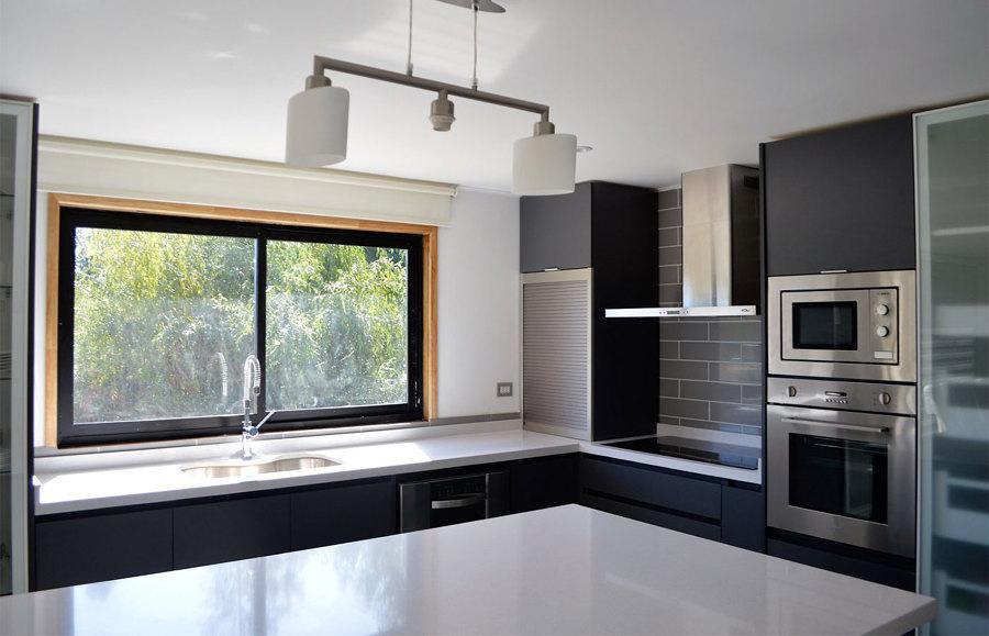 Costi e materiali per posare o cambiare piani di lavoro habitissimo - Piani da cucina ...