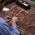 restauro tappeto antico malayer