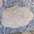 angioletto in botticino incassato sul granito