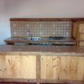 cucina in legno e muratura