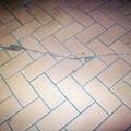 Danni alla pavimentazione