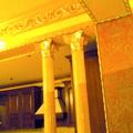 decorazioni in gesso a soffitto e colonne