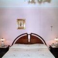 decoro in una parete letto