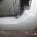 dettaglio angolo finestra lato interno prima della lavorazione