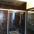 doccia in Bisazza con soffioni incassati