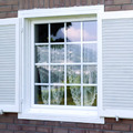 finestra con persiana