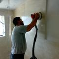 Levigatura e lucidatura in opera pareti in Travertino