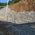 Muro di sostegno in pietra di luserna