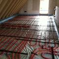 Esempio di impianto a pavimento radiante per riscaldamento e raffrescamento