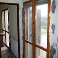 Porta-finestra comune in legno