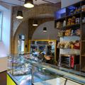 ristrutturazione di un negozio in via Bernini (RM)