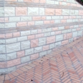 rivestimento in pietra-pavimento in mattoni per testa posato a spina
