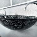 Lavabo bagno e rubinetteria