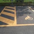 strisce pedonali e per disabili