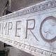 realizzazione di Bassorilievo decorato a finto marmo de La Bottega degli Stucchi