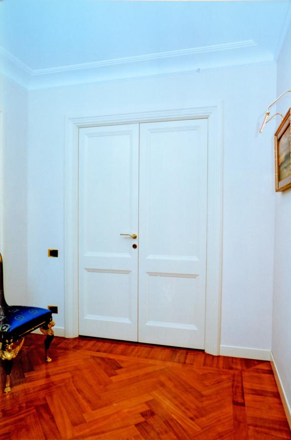 Foto porta tamburata laccata di pquadra 350803 habitissimo - Porta tamburata ...