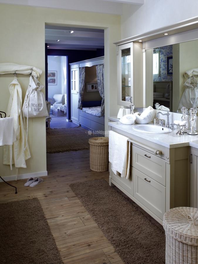 Foto mobili arredo bagno mobili cucina di minacciolo for Mobili bagno bianchi