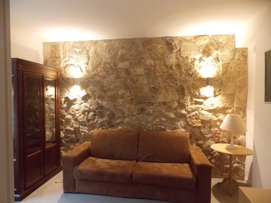 Foto rivestimento interno in pietra di modica di impreservice 394573 habitissimo - Rivestimento interno in pietra ...