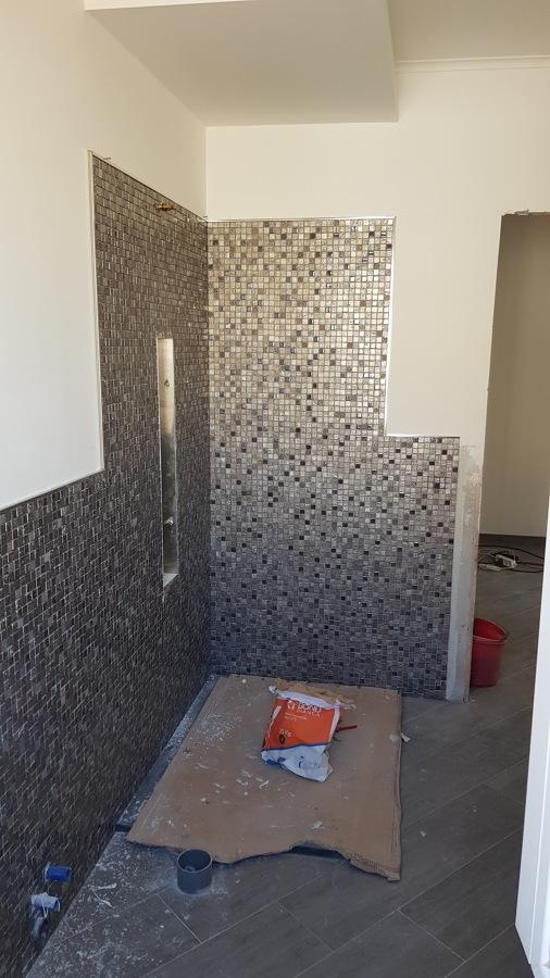 Foto rivestimento bagno mosaico di manuel costruzioni 634249 habitissimo - Rivestimento mosaico bagno ...