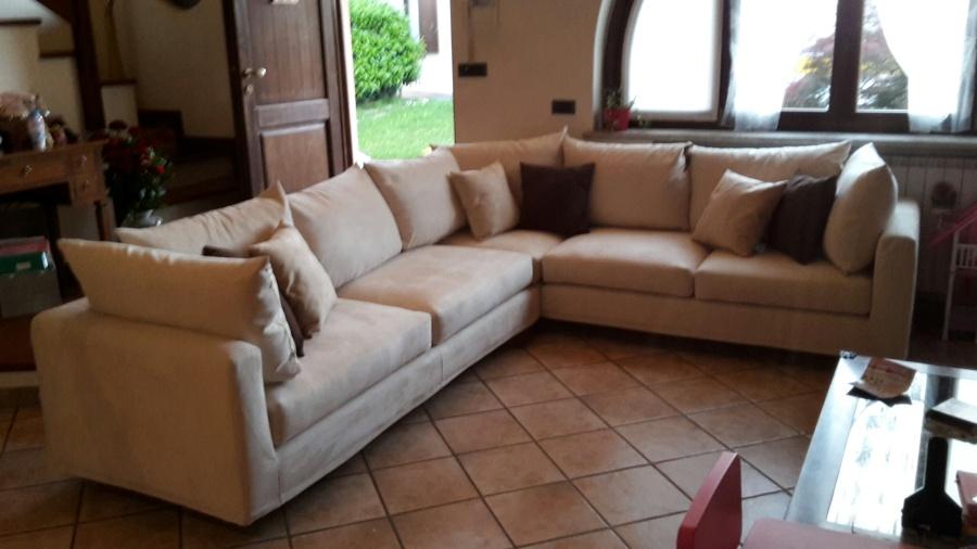 Foto divano ad angolo di ergoteam 293030 habitissimo - Rivestire divano ad angolo ...