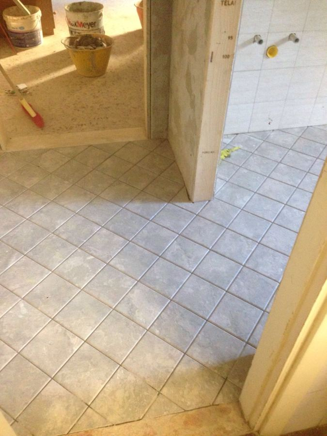 Foto posa pavimenti di edil vasile rosu 393314 habitissimo - Piastrellisti a trieste ...