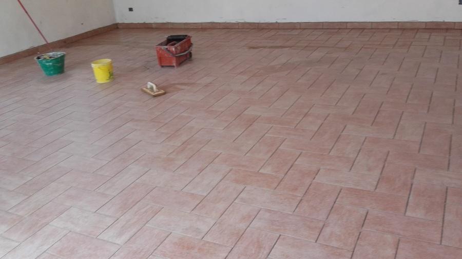 Foto posa pavimenti 15x30 di parente francesco 500785 for Disegni unici del pavimento
