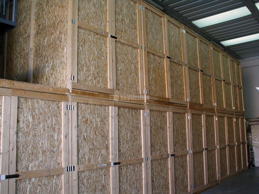 foto magazzini custodia mobili imballaggi traslochi