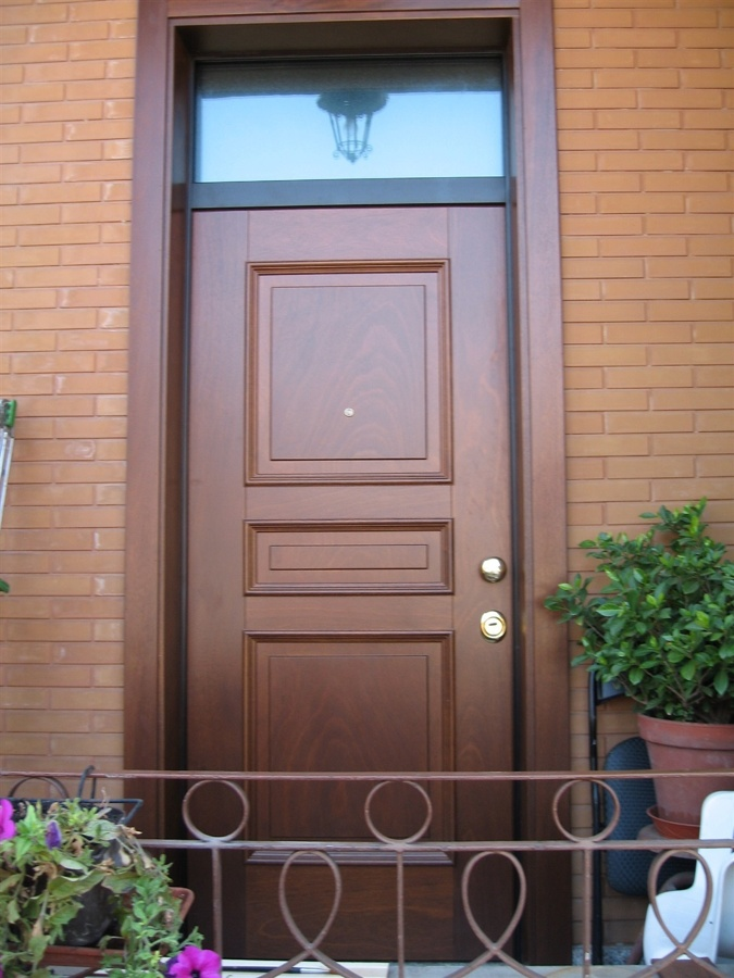 Foto porta blindata con sopraluce in vetro blindato di - Sopraluce porta ...