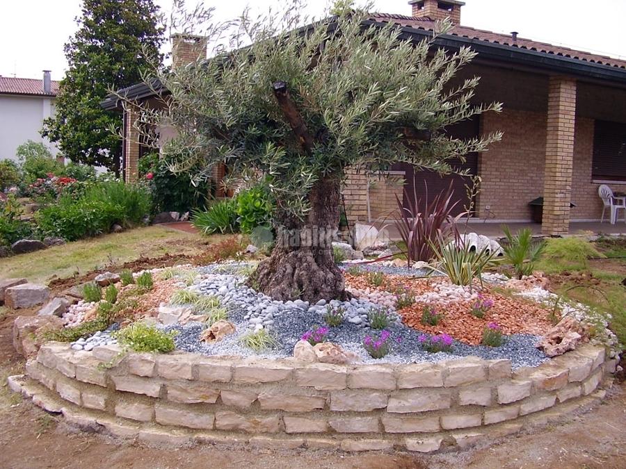 Foto giardinieri cippatore biotrituratore di new garden for Giardinieri verona
