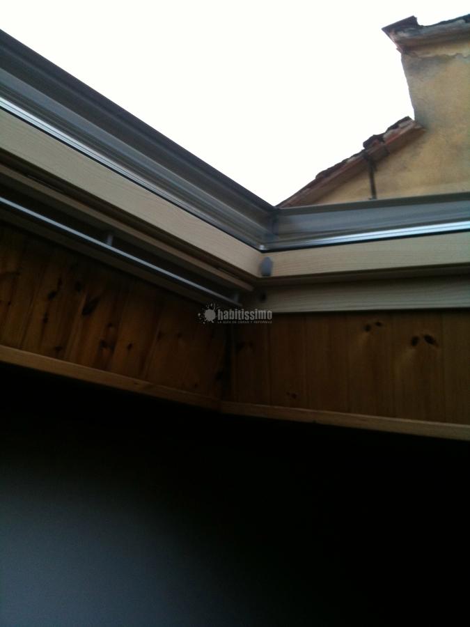 Foto infissi legno finestre velux velux firenze di - Dimensioni finestre velux ...