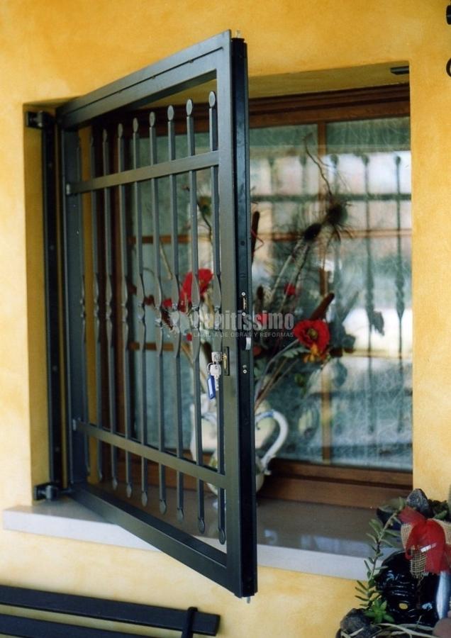 Foto finestre avvolgibili sostituzione serrature di - Sostituzione finestre milano ...