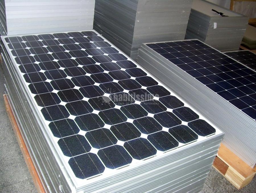 Foto pannelli solari istallatori collettori termici di for Pannelli solari immagini