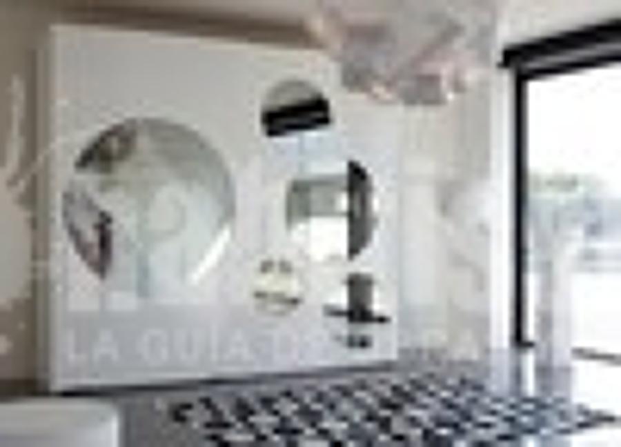 Foto armadio voltan de tornello arredamenti 9441 for Benvenuti arredamenti latina