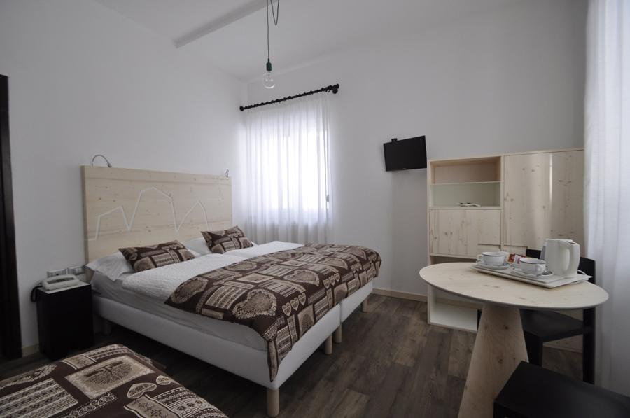 restyling di camere d'albergo sulla Marmolada