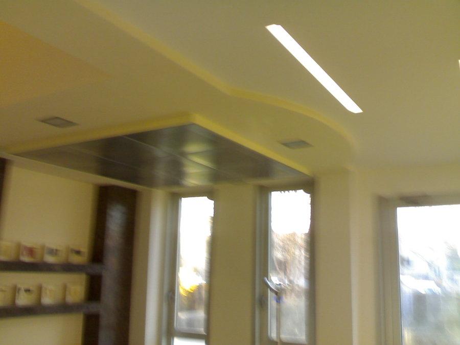 Foto abbassamento di soffitto pi un altro soffitto - Abbassamento del tetto in cartongesso ...