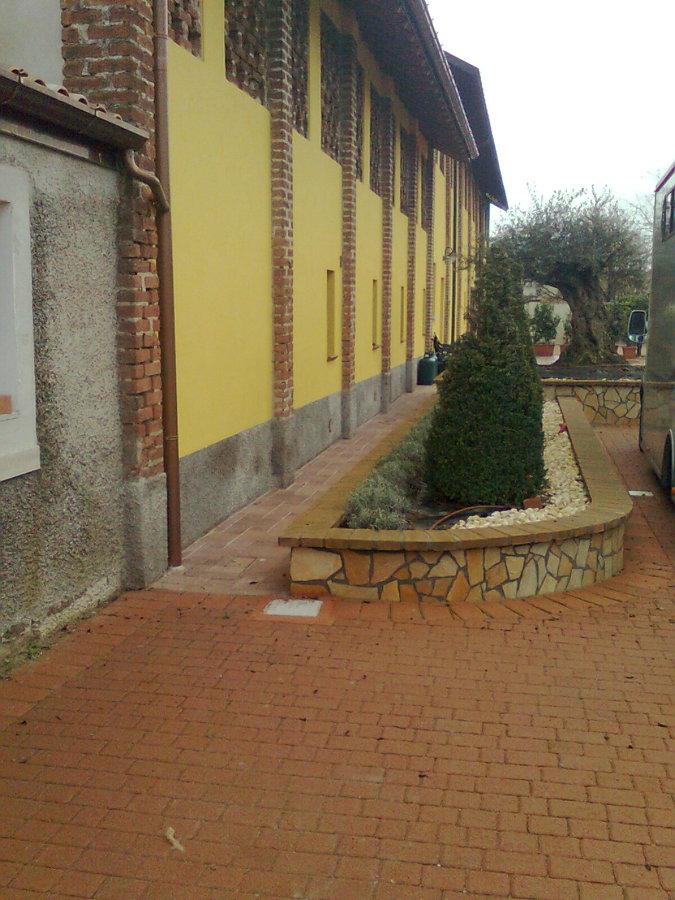 Foto aiuole in pietra de impresa edile di trimboli for Aiuole in pietra