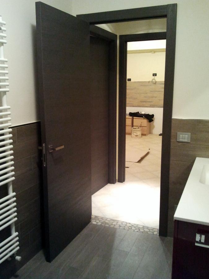 Foto appartamento ristrutturato de tecnomontaggi e for Immagini di appartamenti moderni