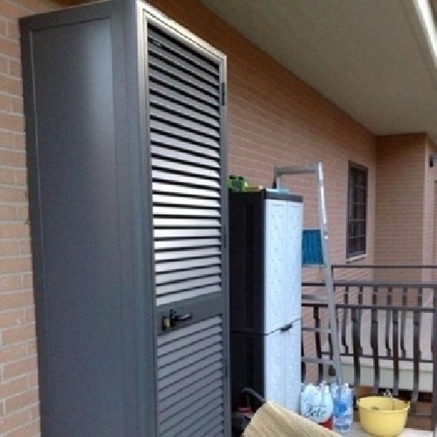 Foto armadio caldaia di zizzo infissi e serramenti 50672 - Copricaldaia da esterno ikea ...