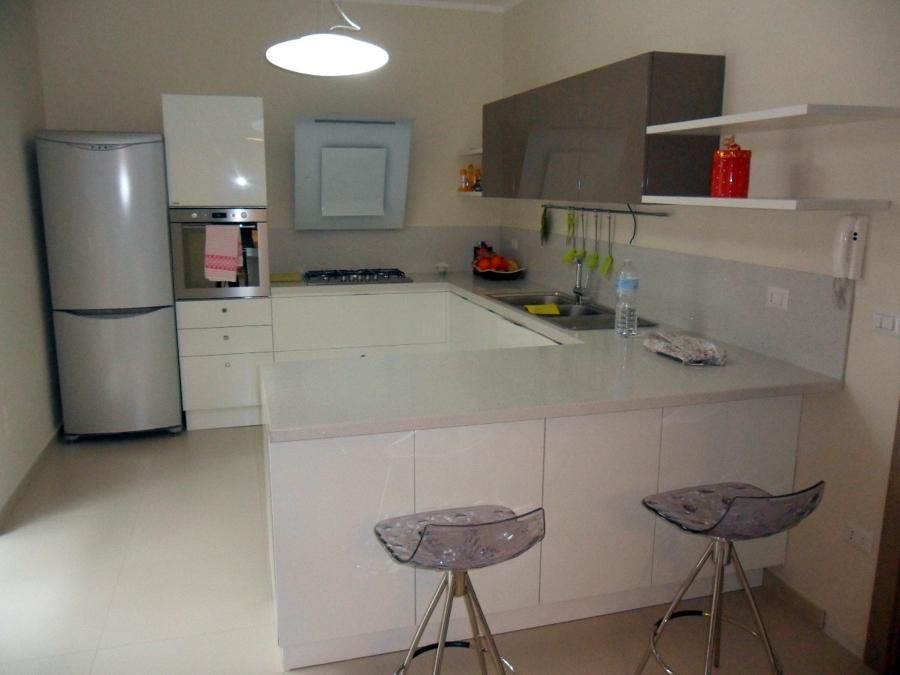 Foto arredamento abitazione angolo cottura di adriano margiotta architetto 94604 habitissimo - Idee per arredare soggiorno con angolo cottura ...