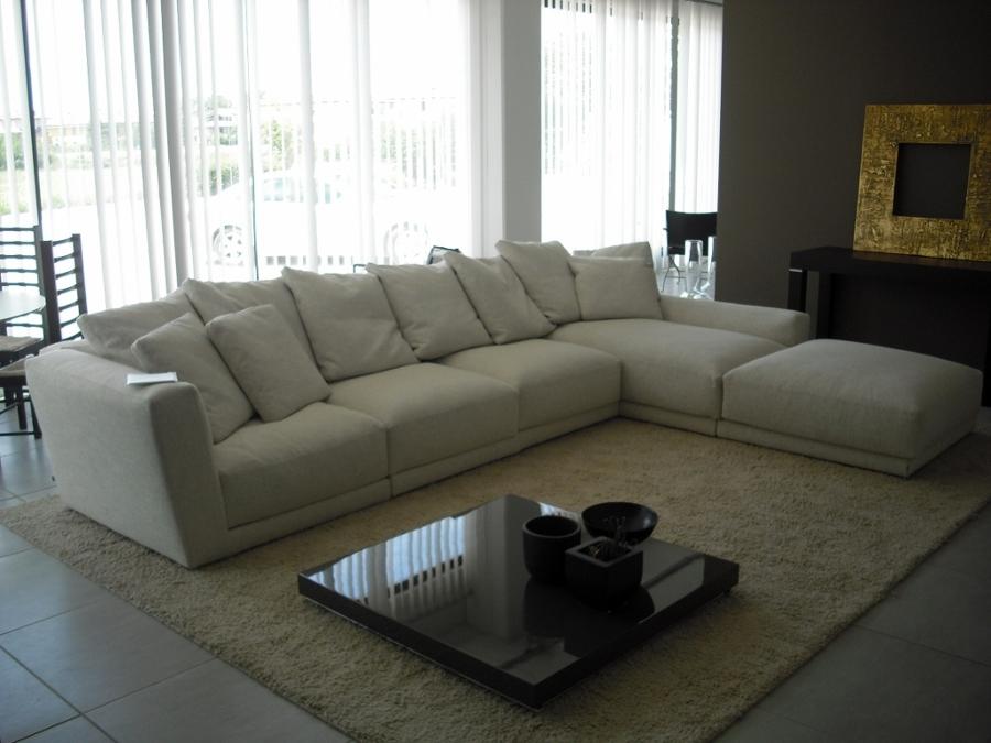 Foto b b italia luis divano di taschieri arredamenti - Divano luis b b ...