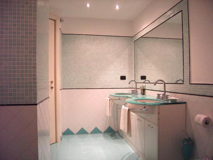 Foto costruzione del bagno nuovo di edilizia ancona s r l s 502283 habitissimo - Costruzione bagno ...