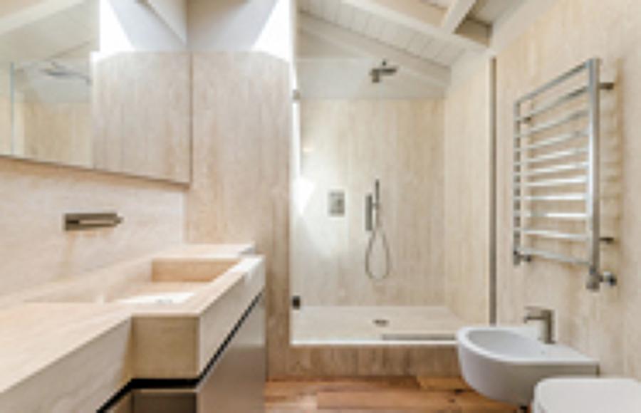 https://it.habcdn.com/photos/business/big/bagno-casa-in-centro-storico_158166.jpg