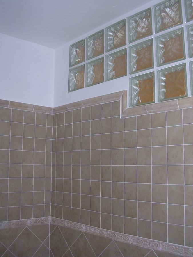 Foto: bagno cieco con vetrocemento di frigerio ristrutturazioni ...