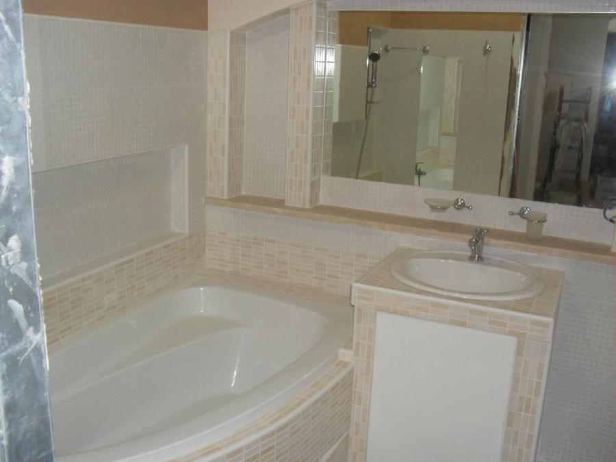 Cheap bagno con messa in opera vasca e lavello in muratura - Bagno finta muratura ...